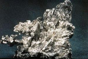 Silver nugget via Wikimedia Commons